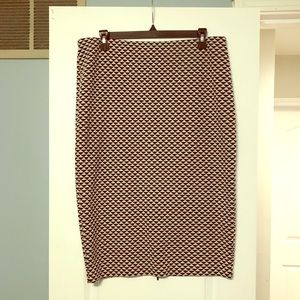 H&M form fitting high waisted skirt